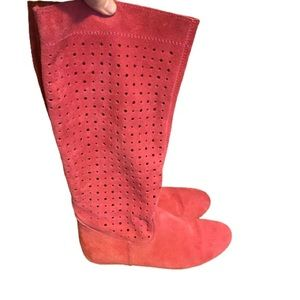 Aldo hot pink suede perforated flat boots